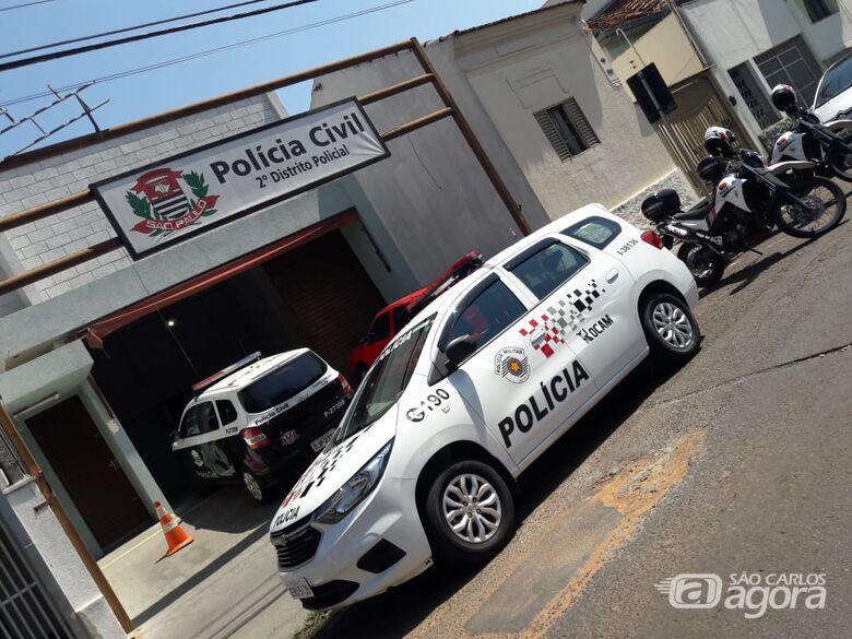 Ladrão furta placa de carro no Monte Carlo - Crédito: Arquivo/SCA