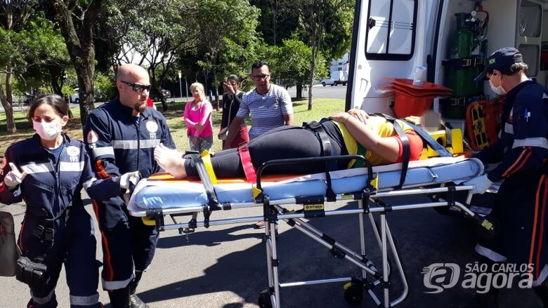 Em novo acidente, mais uma motociclista ferida - Crédito: Marco Lúcio