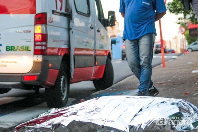 Morador de rua é encontrado morto ao lado da rodoviária - Crédito: Marco Lúcio