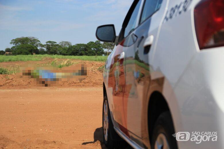Homem é encontrado morto em estrada de terra - Crédito: Marco Lúcio