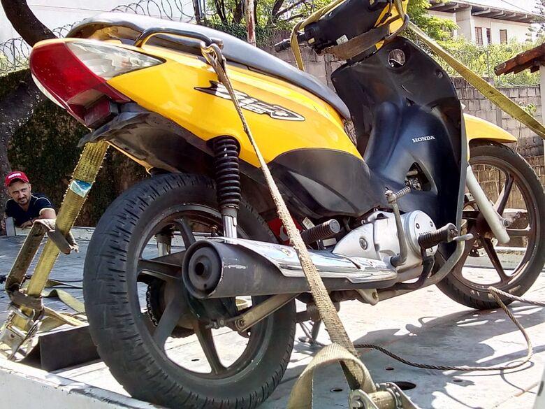 Moto furtada é localizada no Santa Angelina - Crédito: Luciano Lopes