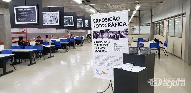 Biblioteca Comunitária da UFSCar recebe exposição com a cronologia visual dos 50 anos da Universidade - Crédito: Matheus Mazini - CCS/UFSCar