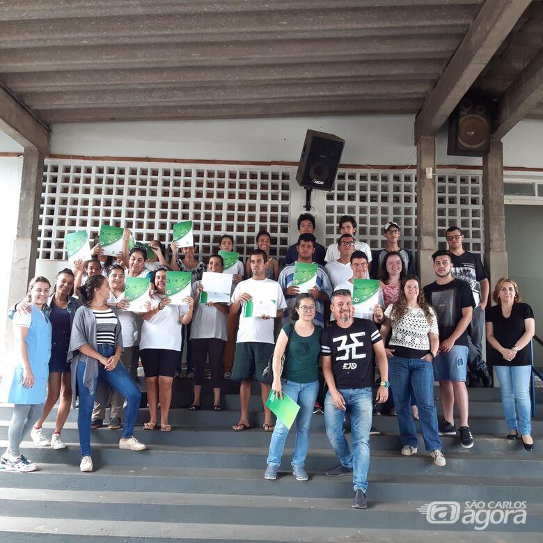 IFSP São Carlos e Apae comemoram conclusão de curso para alunos com deficiência intelectual - Crédito: Divulgação