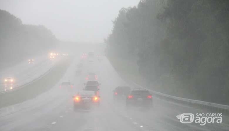 Chuva deve continuar pelo menos até a próxima terça-feira - Crédito: Arquivo/SCA