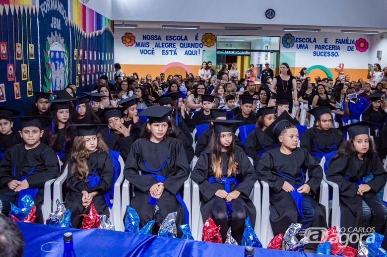 Escola Municipal Júlio Benedicto Mendes de Ibaté realiza cerimônia de formatura - Crédito: Divulgação