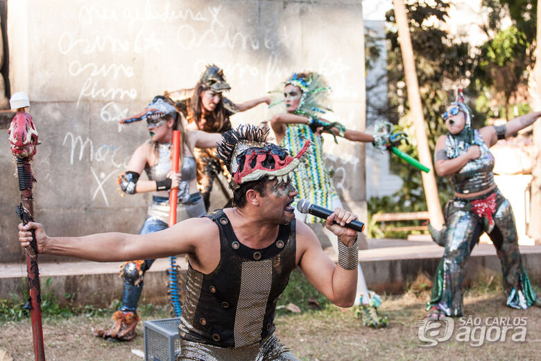 Cia Boccaccione apresenta peça pós-dramática e cômica no Sesi São Carlos - Crédito: Renata Prado