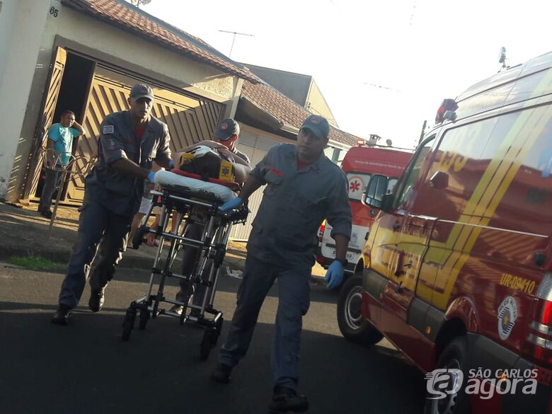 Mãe e filha sofrem queda de bike no Santa Felícia - Crédito: Maycon Maximino