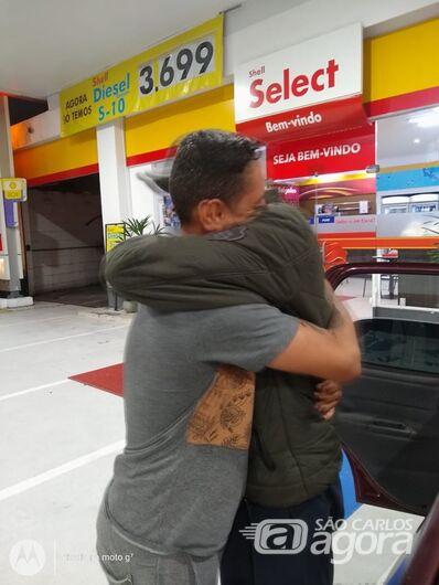 Jovem que estava desaparecido é encontrado pelo irmão na capital - Crédito: Arquivo Pessoal