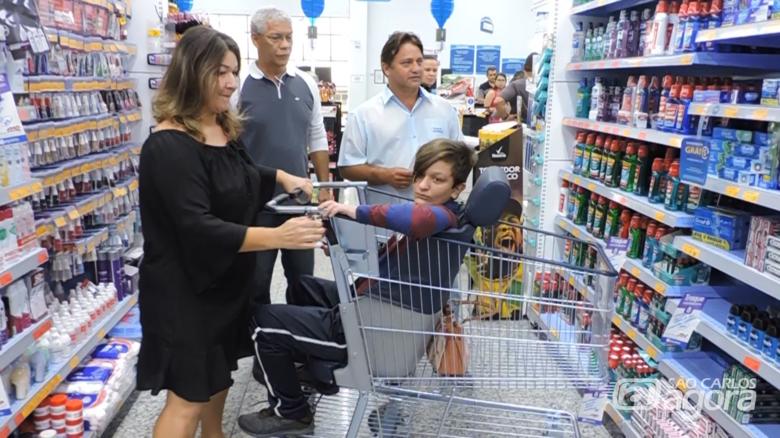 Crianças com deficiência terão carrinho especial em estabelecimentos comerciais em São Carlos - Crédito: Divulgação
