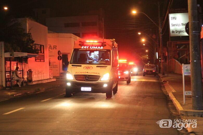 Trio tenta matar estudante durante assalto na avenida São Carlos - Crédito: Arquivo/SCA
