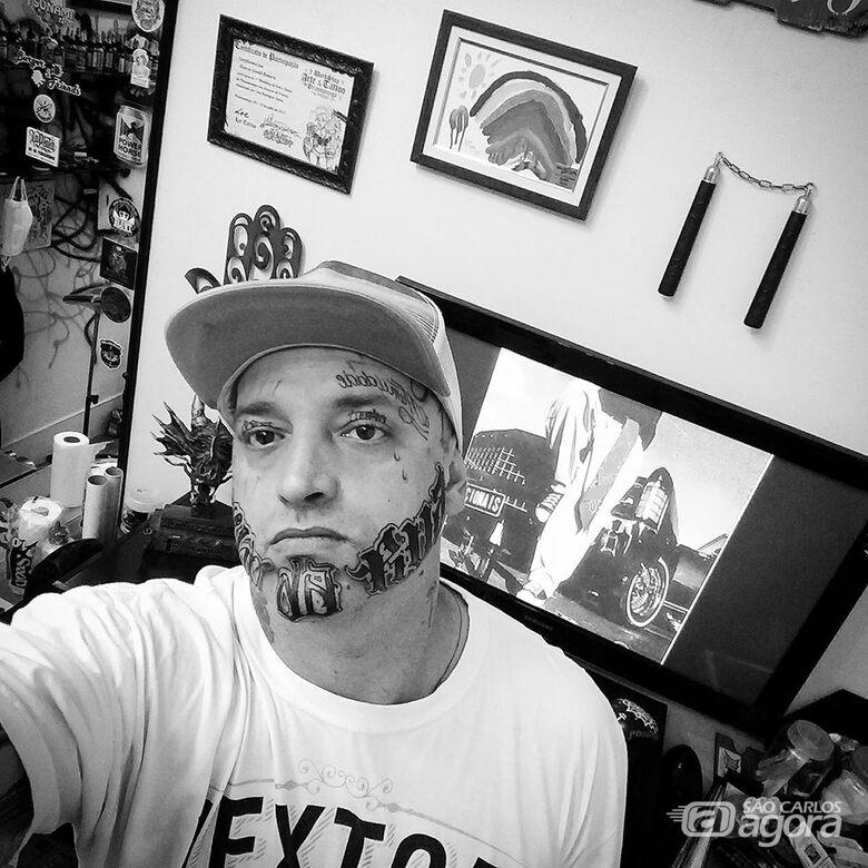 """Tatuador """"Marcos Tsunami"""" foi covardemente assassinado pelo empresário Fernando Ganci - Crédito: Arquivo Pessoal"""