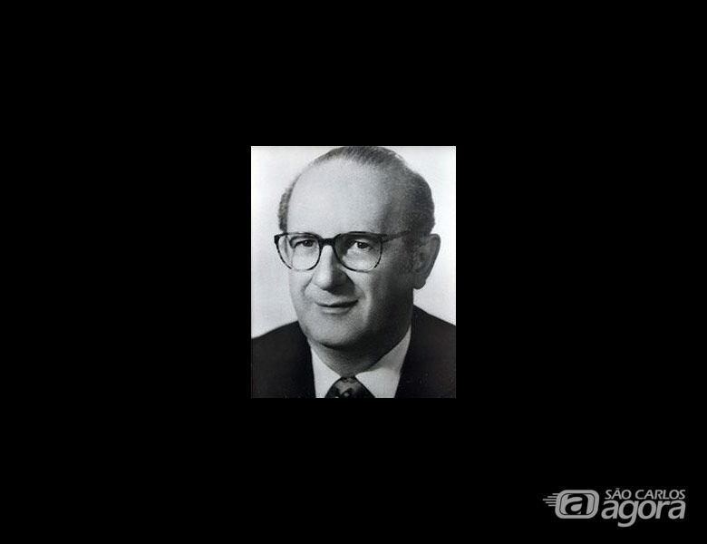 Sincomercio e Acisc informam o falecimento do Sr. Walter José Barros aos 87 anos - Crédito: Acisc