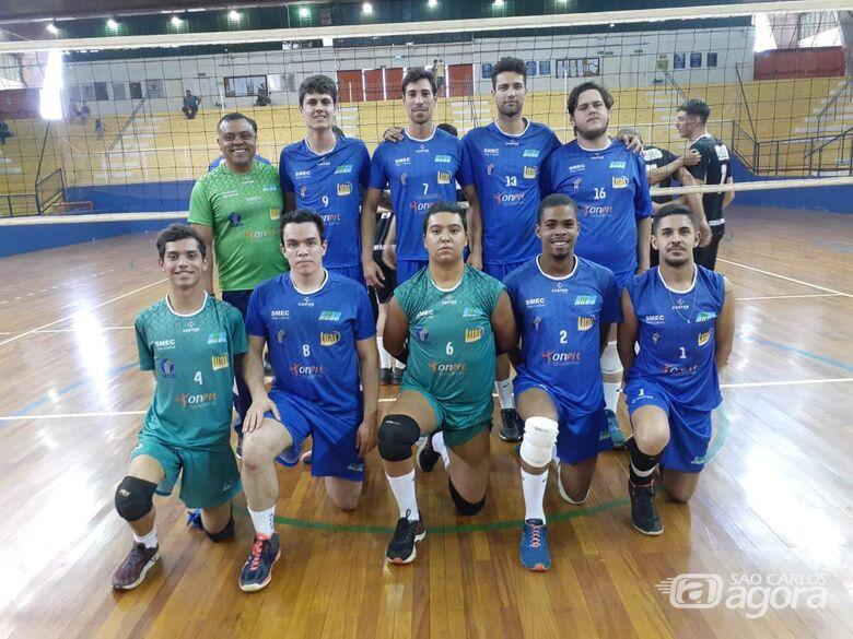 Vôlei masculino joga pela dignidade no campeonato da APV - Crédito: Marcos Escrivani