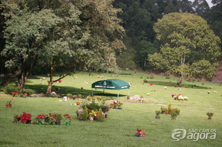 Corpo da comerciante Gisele Borlenghi é velado no Cemitério do Morumbi - Crédito: Divulgação