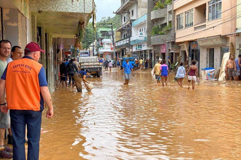 Enchentes e deslizamentos provocam 38 mortes em MG - Crédito: Assessoria de Comunicação do Governo/Divulgação/