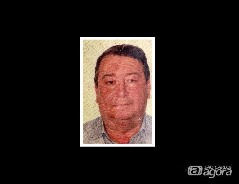 Nota de falecimento do gerente de vendas da São Carlos S/A Luiz Carlos Hungaro -