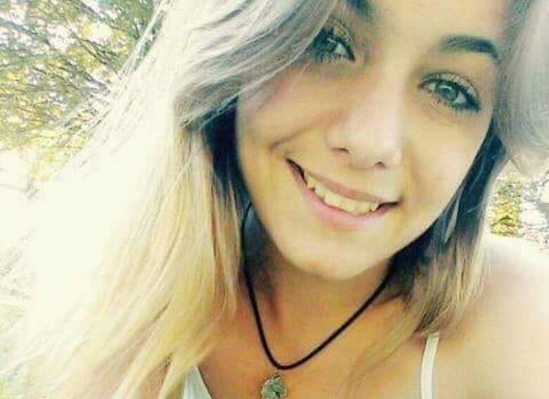 Miloane Corrêa, de 20 anos, foi encontrada morta em um canavial - Crédito: Arquivo Pessoal