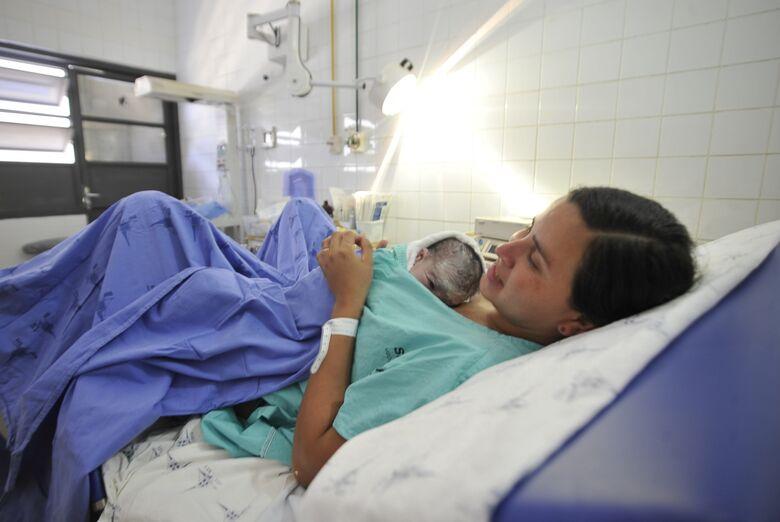 Prefeito sanciona lei que garante direito à gestante de optar pela cesariana em São Carlos - Crédito: Agência Brasil