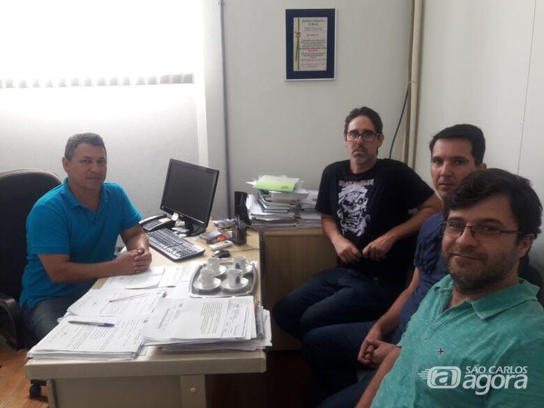 Vereador Malabim luta por recape no Parque Timburis - Crédito: Divulgação