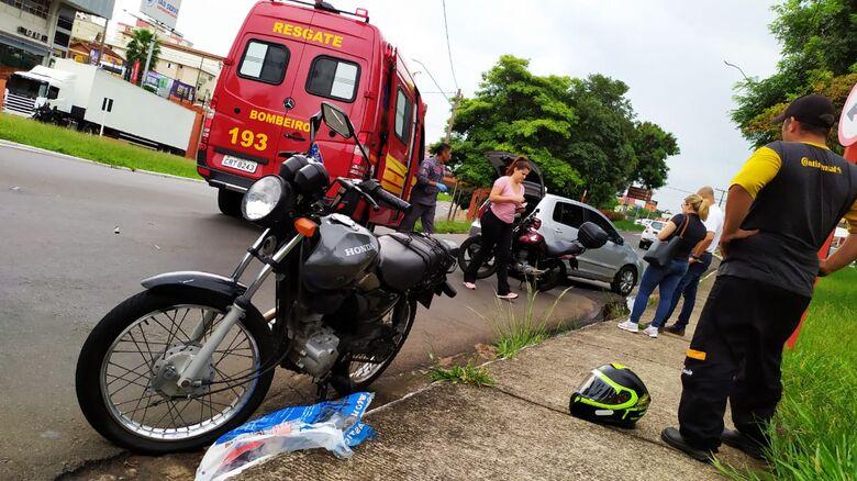 Motorista 'acerta' motociclista na região do Terminal Rodoviário - Crédito: Maycon Maximino