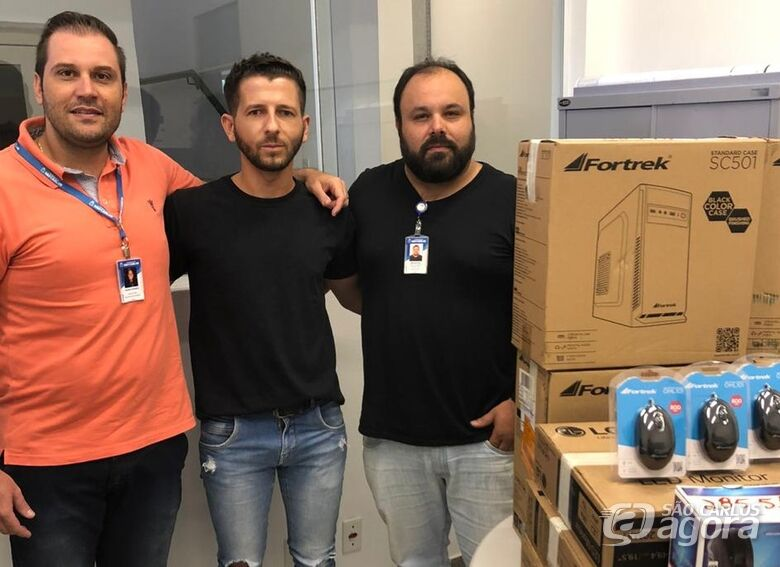 UPA Santa Felícia recebe computadores através de emenda do vereador Elton Carvalho - Crédito: Divulgação