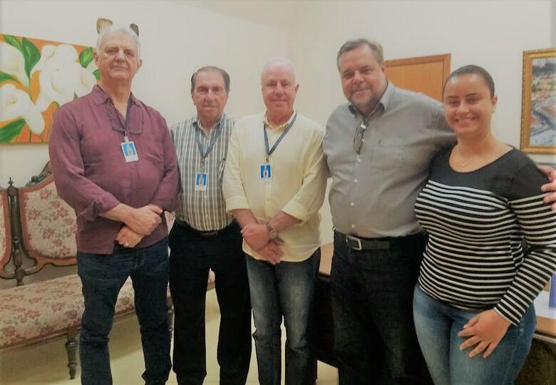 Lobbe Neto visita a Santa Casa para acompanhar o andamento das emendas parlamentares - Crédito: Daniele Merola