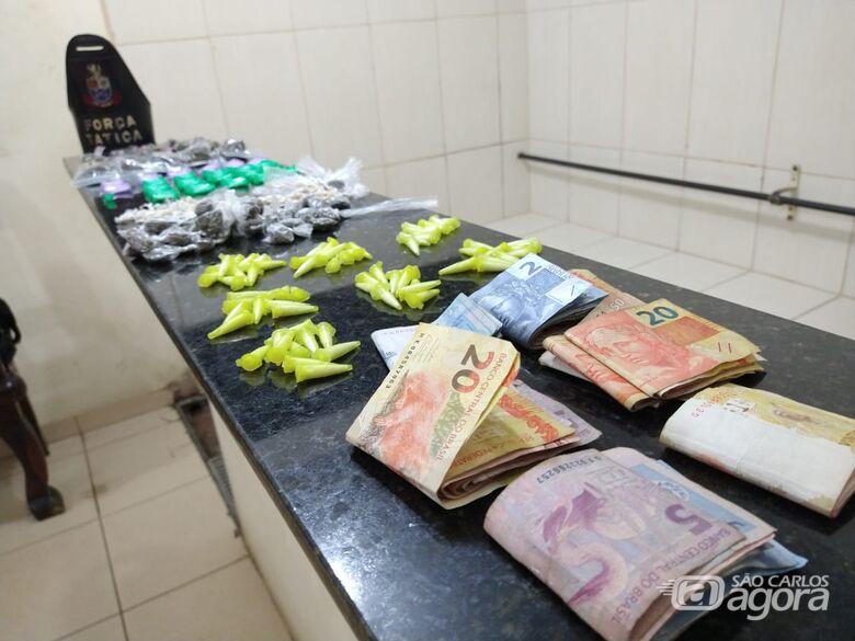 PM prende três jovens por tráfico de drogas no CDHU - Crédito: Luciano Lopes/São Carlos Agora