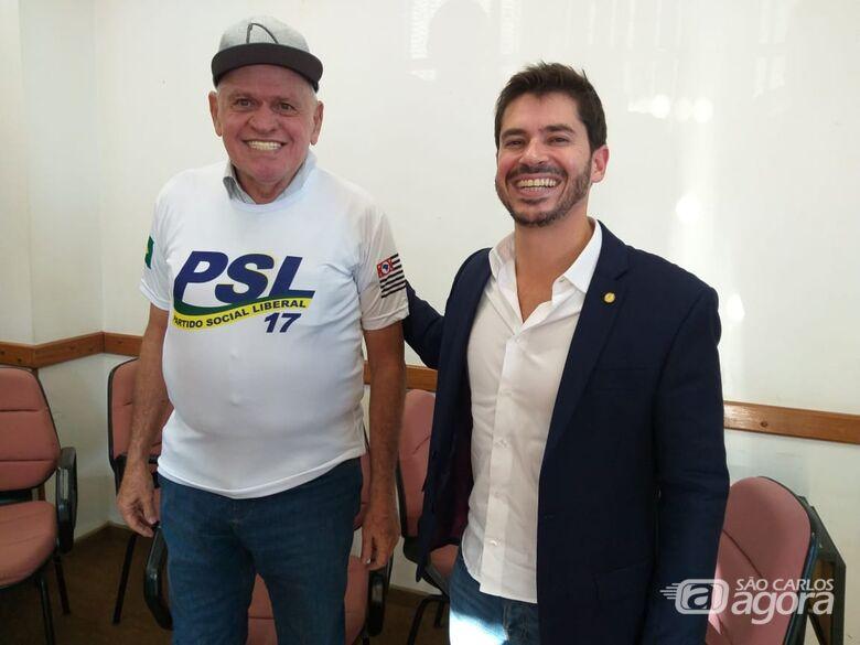 Airton Garcia e Júnior Bozzella (deputado federal): prefeito de São Carlos passa a integrar o PSL - Crédito: São Carlos Agora