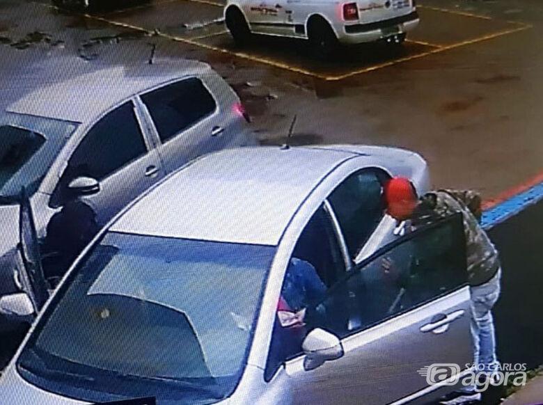 Câmeras de segurança registraram o assalto. - Crédito: Colaborador