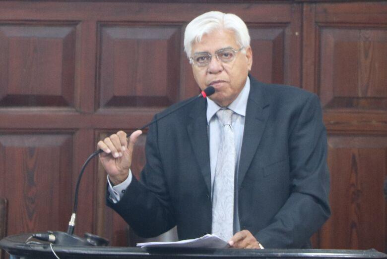 """Azuaite fala na sessão da Câmara: """"Quem tem de ser tratado de forma depreciativa é o ministro"""" - Crédito: Divulgação"""