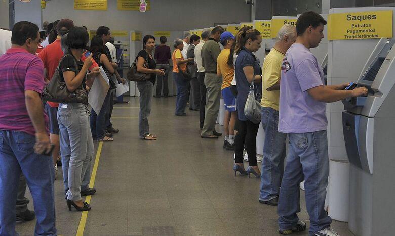 Bancos ficarão fechadas na segunda e terça de carnaval - Crédito: Valter Campanato/Agência Brasil