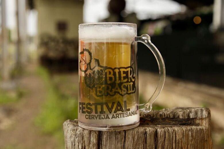 Bier Festival, o maior festival de cerveja artesanal sobre rodas do país faz parada no estacionamento do Passeio São Carlos - Crédito: Divulgação