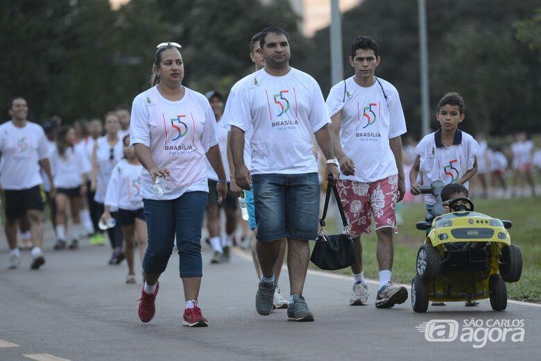 Vinte minutos de caminhada por dia ajudam a prevenir a doença - Crédito: Agência Brasil