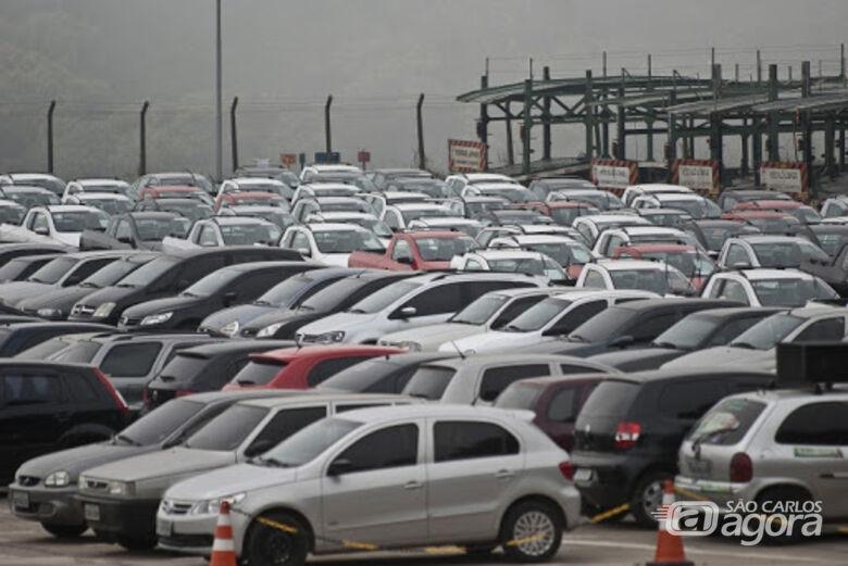Autistas e pessoas com deficiência podem comprar veículo sem imposto - Crédito: Agência Brasil