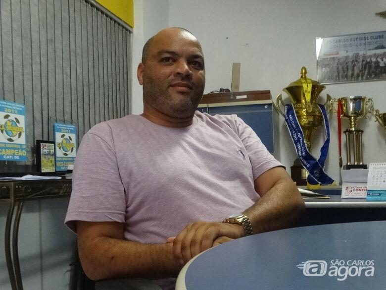 """Boldrin: """"Venho para fazer futebol. Colocar o São Carlos em evidência"""" - Crédito: Marcos Escrivani"""