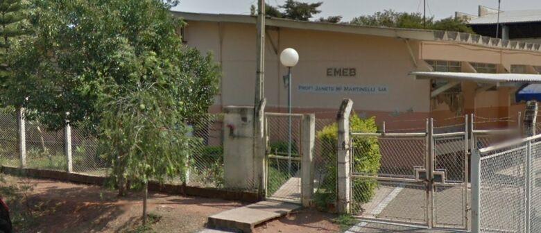 Ladrão furta ventilador da EMEB Janete Maria Martineli Lia - Crédito: Google Street View