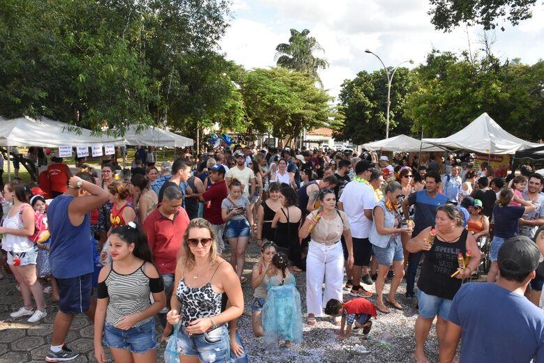 Pré-carnaval na Vila Nery lota Praça Brasil - Crédito: Divulgação