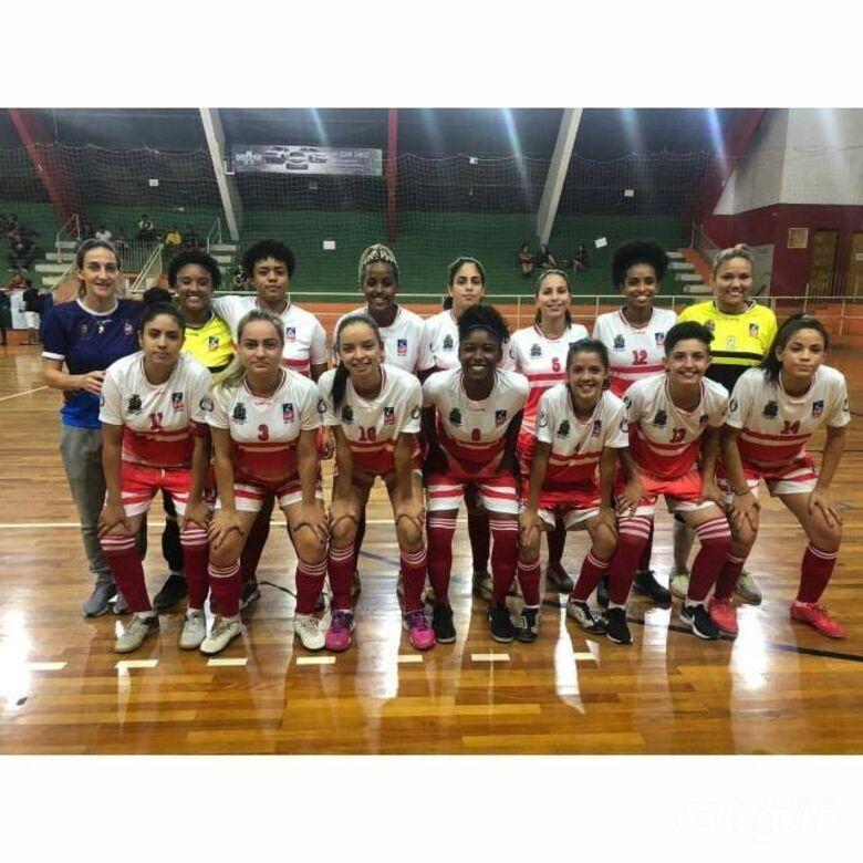 Equipe sub20 de futsal é a primeira equipe feminina a representar São Carlos na Liga Nacional: em março - Crédito: Marcos Escrivani