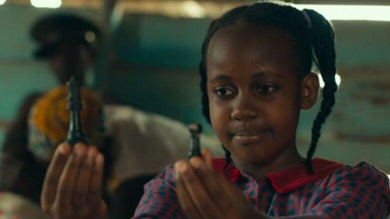 """Nikita Pearl Waligwa em cena do filme """"Rainha do Katwe"""" - Crédito: Foto Disney"""