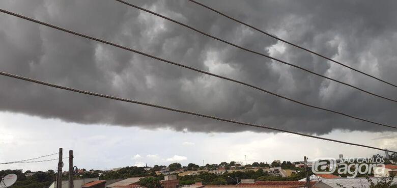 Chuva forte pode atingir São Carlos a partir das 15h - Crédito: Colaborador/SCA