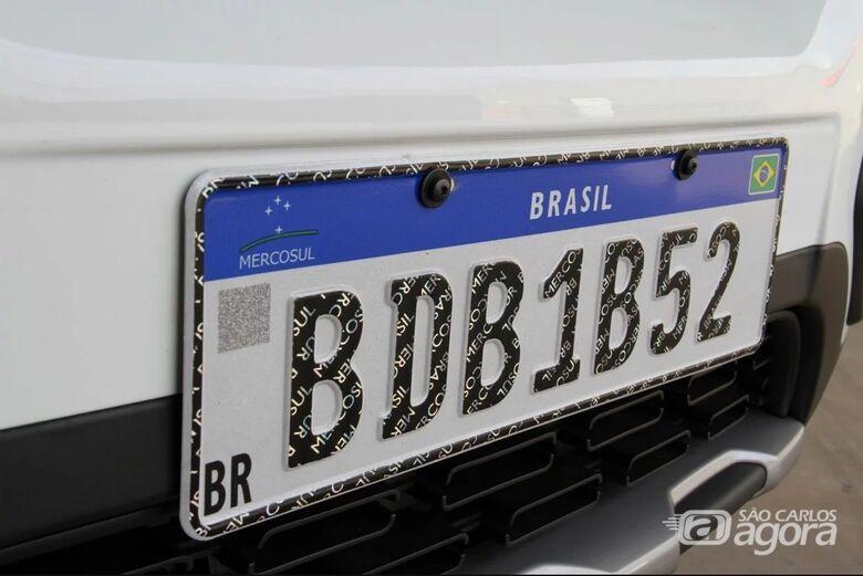 Placas padrão Mercosul - Crédito: Divulgação