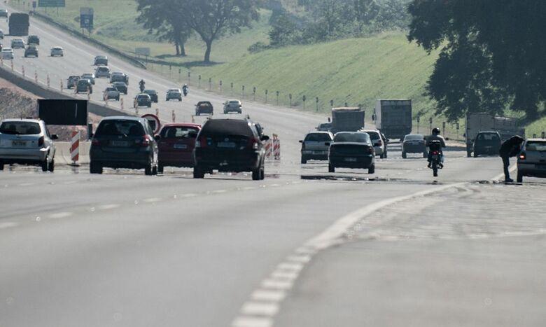Rodovias paulistas apresentam tráfego intenso nesta quarta-feira - Crédito: Agência Brasil