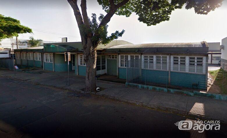 Ladrão leva computador e até lixeira de UBS na Vila Isabel - Crédito: Google Maps