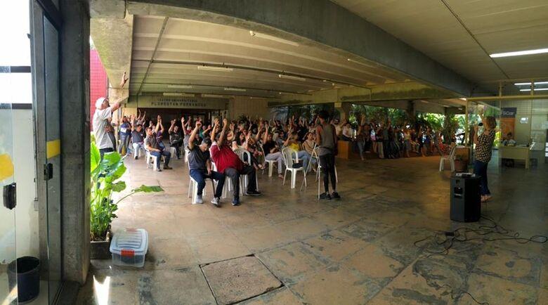 Servidores da UFSCar aprovaram, hoje, o estado de greve - Crédito: Divulgação