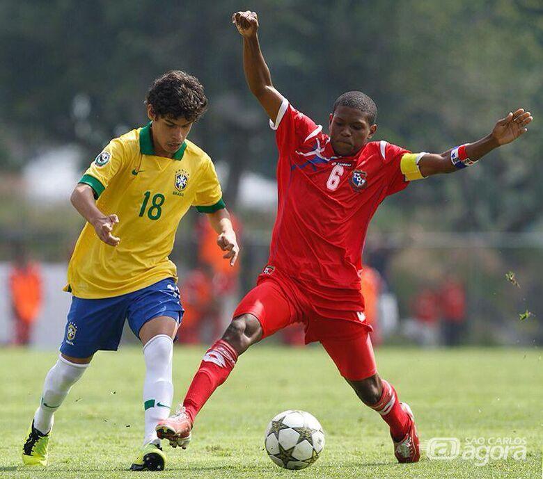 Cristoffer teve passagens pela base da seleção brasileira - Crédito: Divulgação