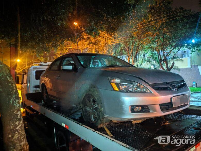 Carros roubados foram localizados no Zavaglia - Crédito: Maycon Maximino