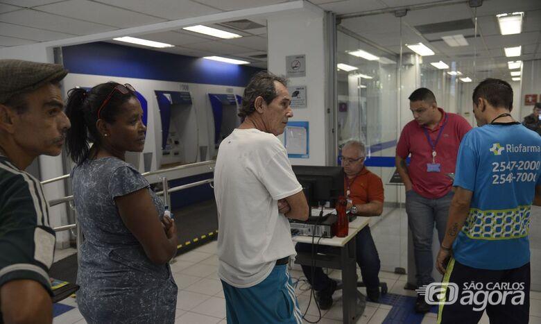 Prazo para saque imediato de até R$ 998 do FGTS acaba amanhã - Crédito: Fernando Frazão/Agência Brasil