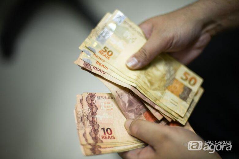 Termina hoje prazo para saque imediato de até R$ 998 do FGTS - Crédito: Agência Brasil