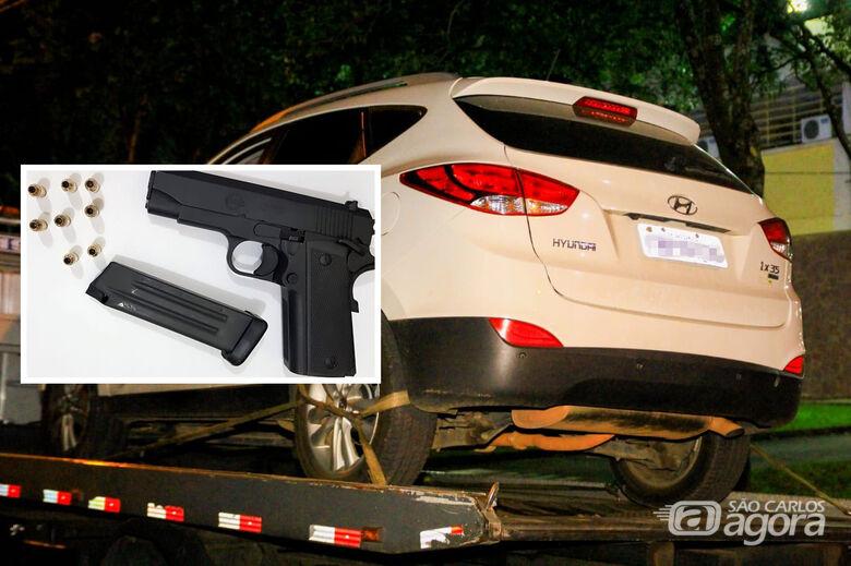 Empresário é detido com arma e drogas em veículo - Crédito: Marco Lúcio