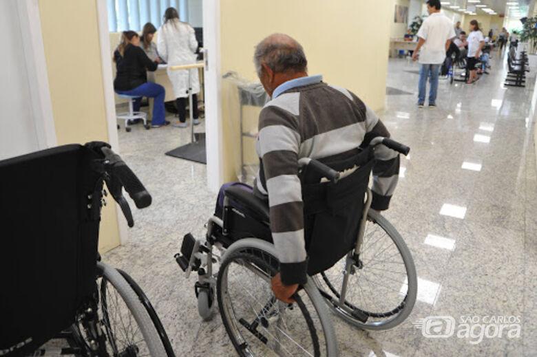 Pesquisa feita em São Carlos avalia a interação entre profissionais da Saúde e usuários de cadeira de rodas - Crédito: Divulgação